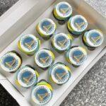 Golden State Warrior Cupcakes